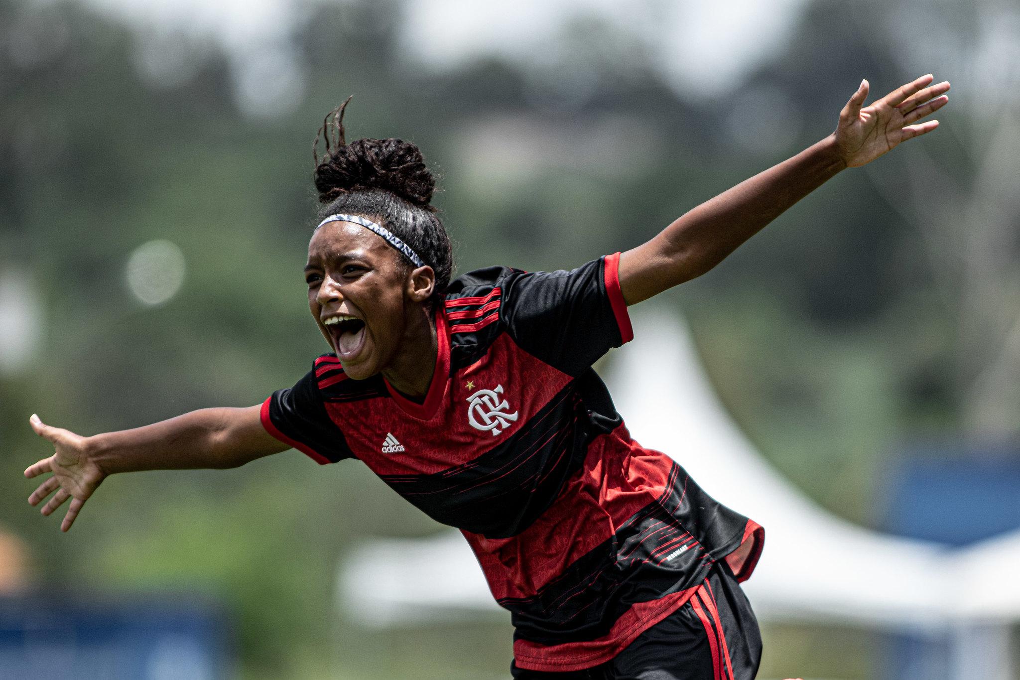 Flamengo confirma favoritismo e vence o Fortaleza por 3 a 1   Fotos: Adriano Fontes / CBF