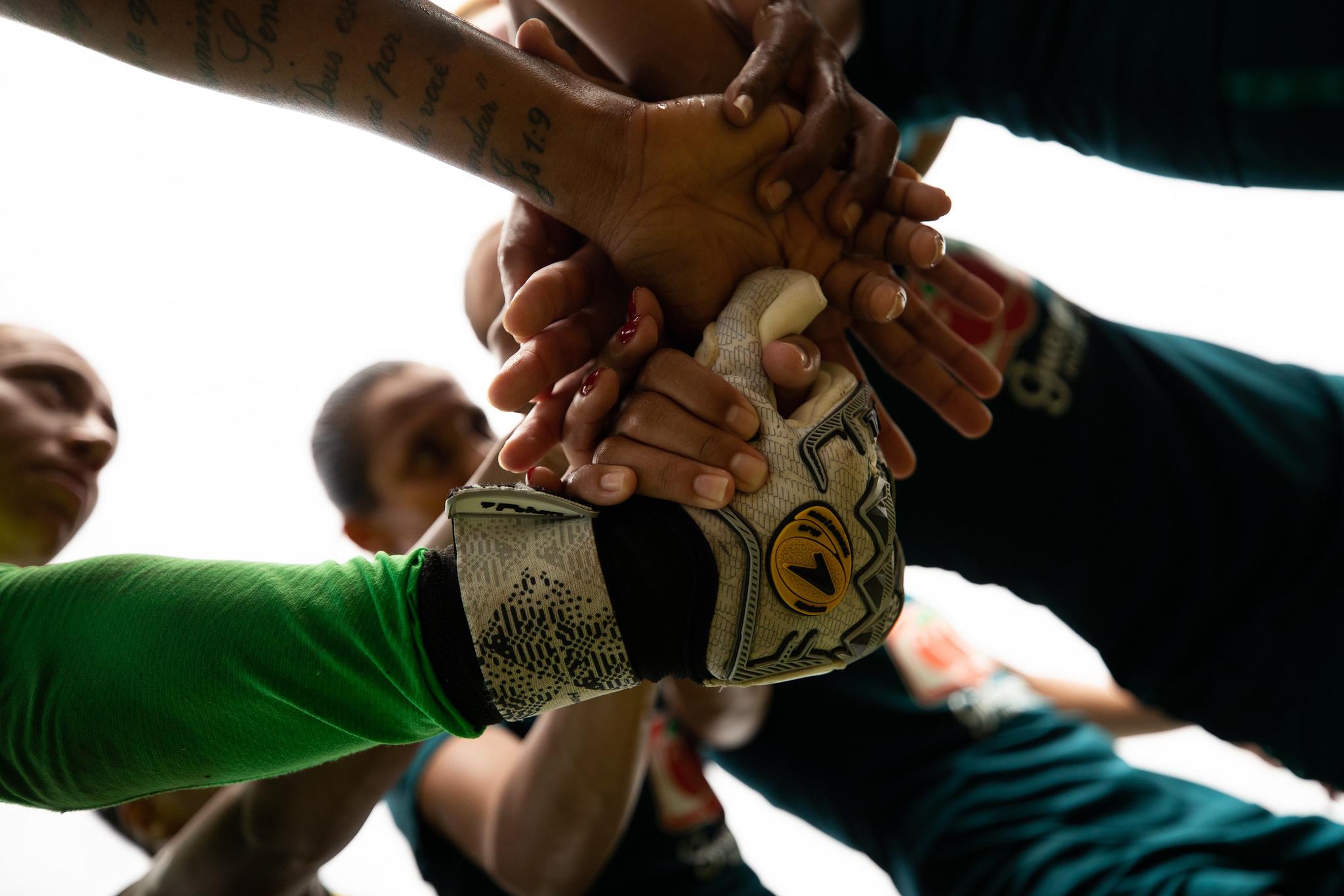 Desafio de manter um grupo unido durante a pandemia fez Pia buscar alternativas | Foto: Laura Zago / CBF