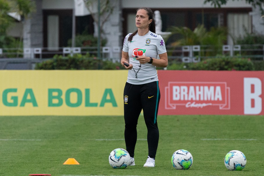 Técnica Simone Jatobá convoca 23 atletas para período de preparação da Seleção Sub-17 - Olimpia Sports