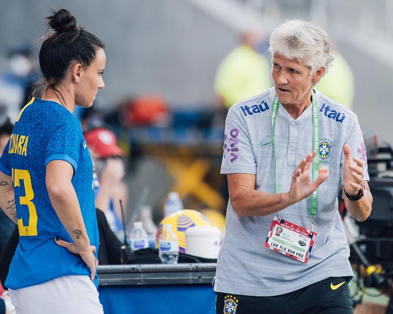 """""""Tivemos destaques positivos e outros nem tanto"""", afirma Pia após despedida do She Believes - Olimpia Sports"""