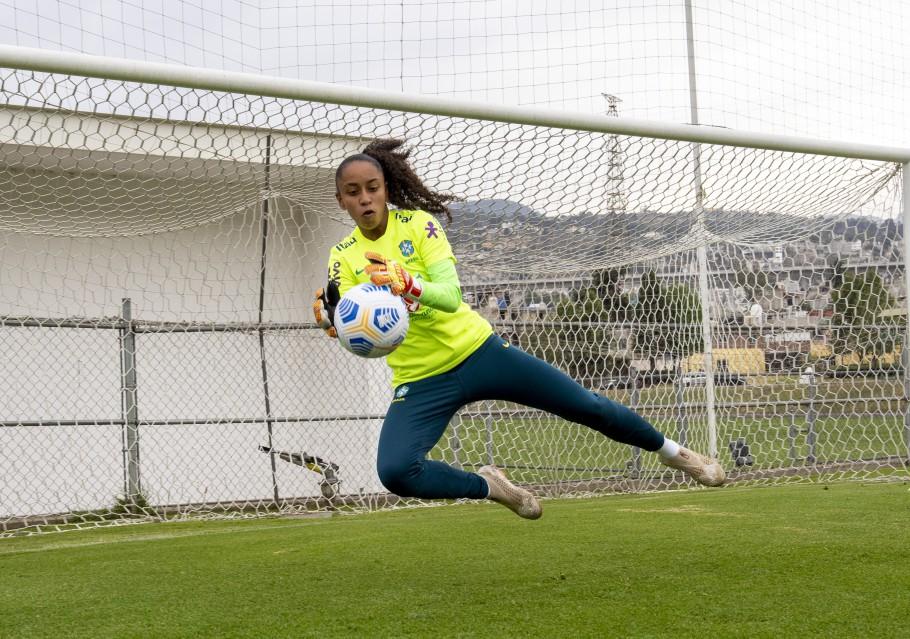 """Estreante na Seleção Sub-20, Lucilene narra emoção ao ser convocada: """"Felicidade imensa"""" - Olimpia Sports"""
