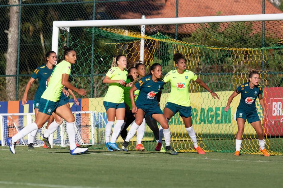 Seleção Feminina Principal faz jogo-treino na Granja Comary Créditos: Laura Zago/CBF