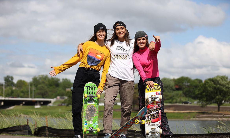 Verificado Dora Varella, Isadora Pacheco e Yndiara Asp estão classificadas para as Olimpíadas | Foto: CBSK / Divulgação