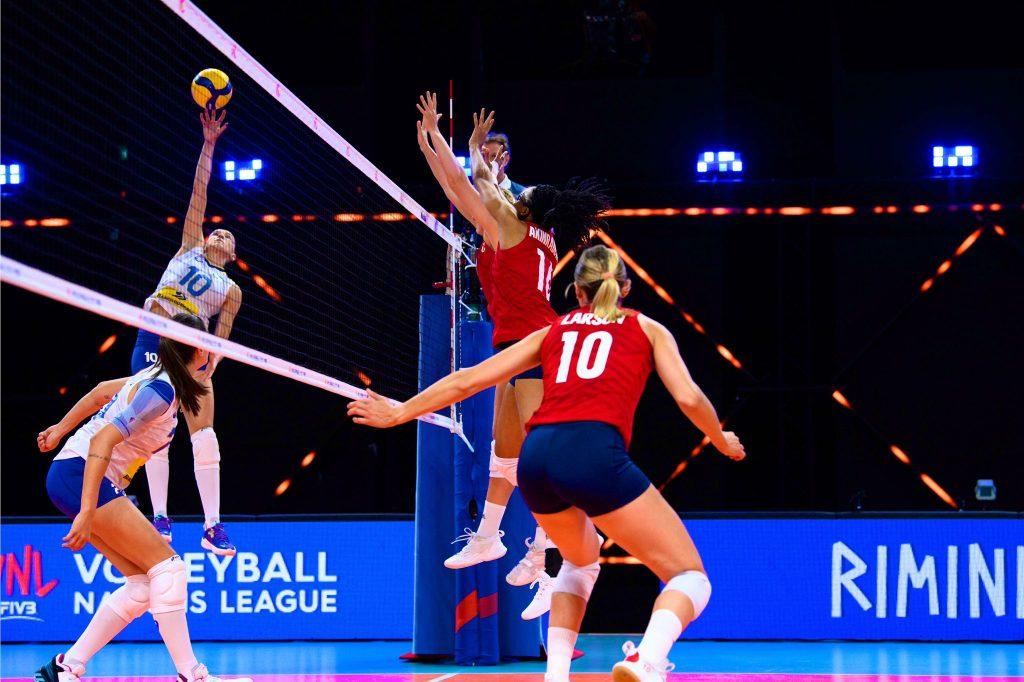 Brasil x Estados Unidos Vôlei Liga das Nações   Foto: Divulgação / Volleyball World