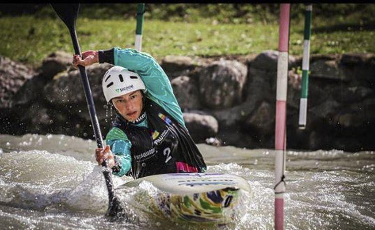 A atleta Ana Sátila, terceiro-sargento da Aeronáutica, competirá pela primeira vez na carreira em duas categorias da canoagem - a K1 (caiaque) e a C1 (canoa) - em Tóquio 2020 - Reprodução/Instagram/Ana Sátila