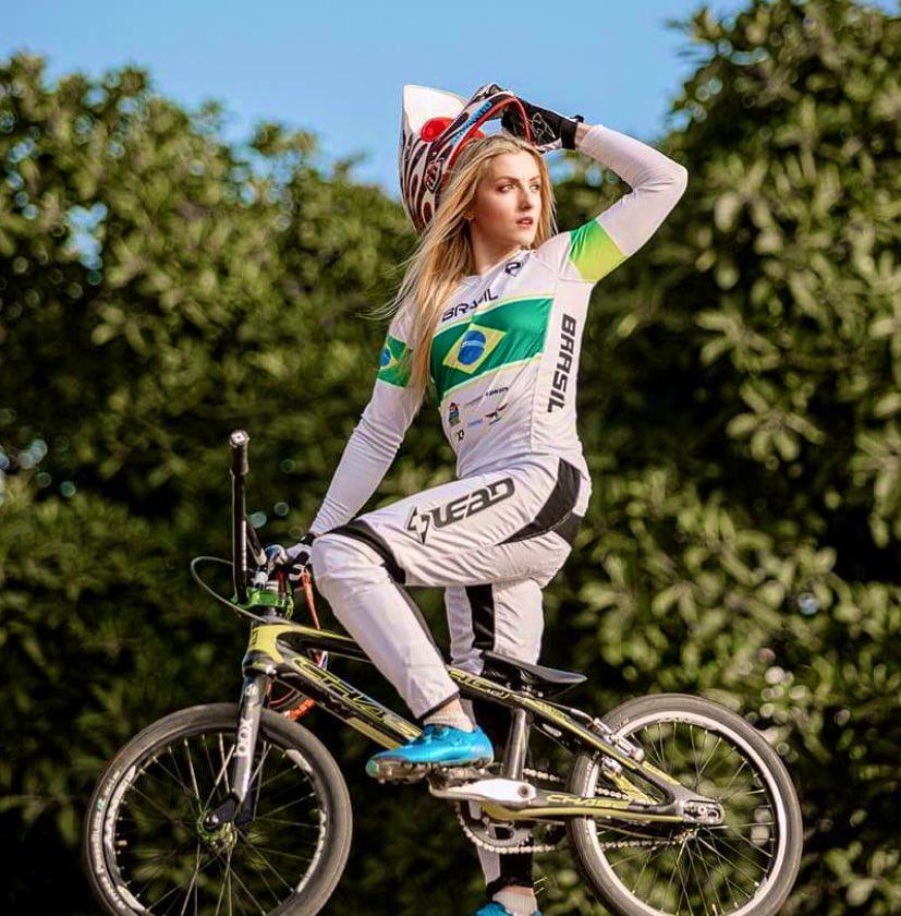 Priscilla Stevaux estão garantidos em Tóquio | Divulgação / Twitter Time Brasil