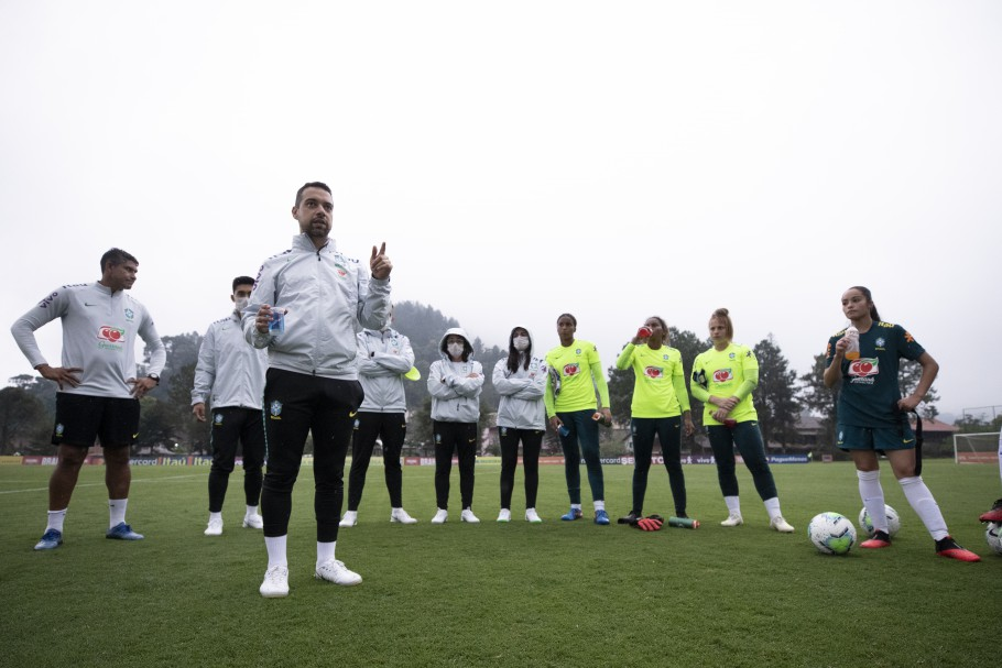 Jonas Urias se prepara para próximo período de treinamentos da Seleção Feminina Sub-20 Créditos: Thais Magalhães/CBF