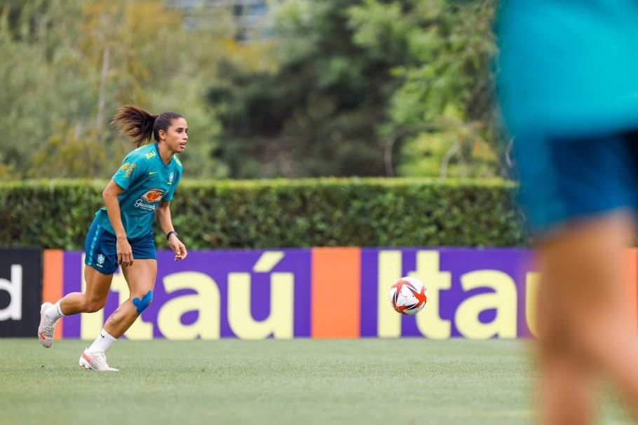 A zagueira Rafaelle em treino da Seleção Feminina em Portland Créditos: Sam Robles/CBF