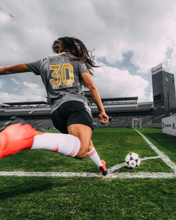 Internacional apresenta camisa comemorativa aos 30 anos da primeira Copa do Mundo Feminina - Olimpia Sports