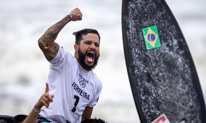 Ítalo Ferreira. Campeão Olímpicos   Foto: Jonne Roriz / COB