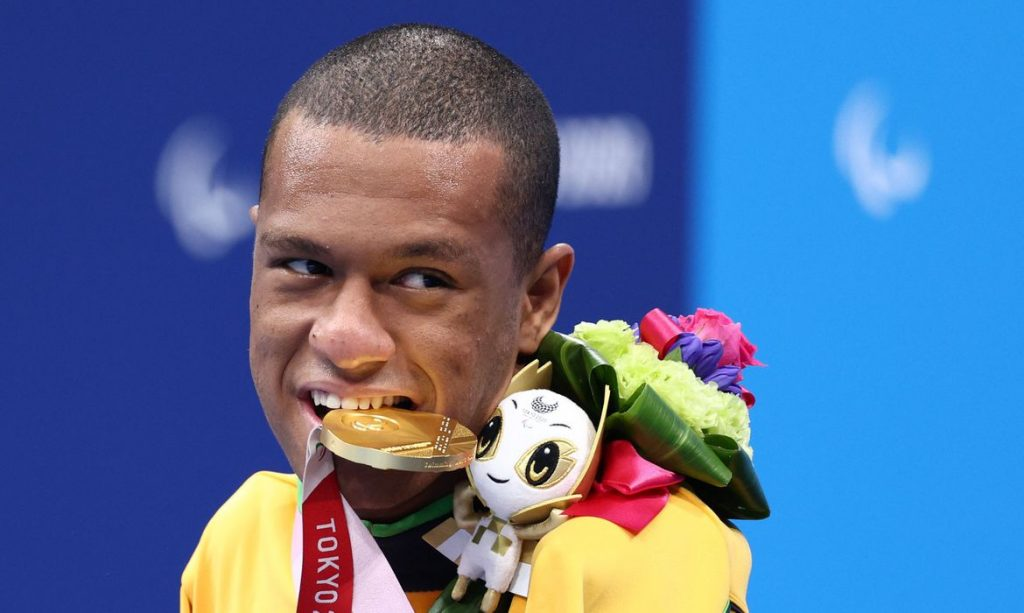Brasil leva mais dois Ouros e um Bronze na natação em Tóquio - Olimpia Sports