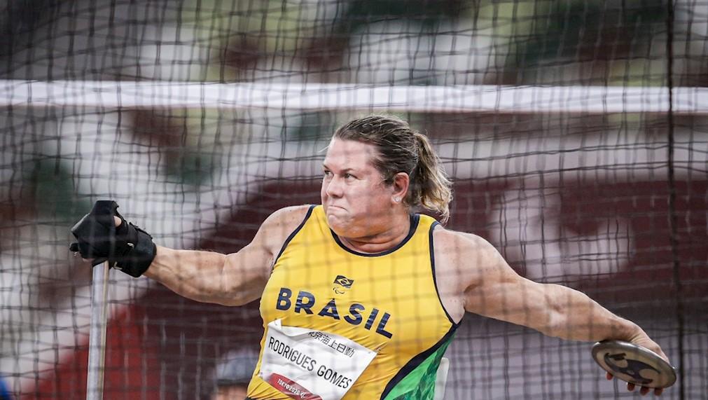 Beth Gomes ouro Paralimpíadas de Tóquio Beth Gomes bate o recorde mundial e fatura a medalha de ouro em Tóquio/Foto: Wander Roberto/CPB