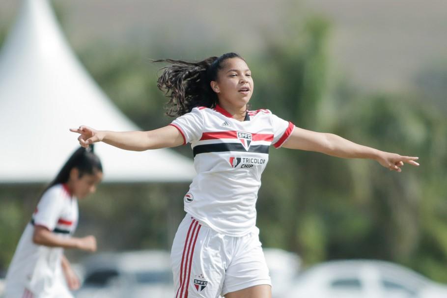 São Paulo goleia Internacional por 5 a 1 no jogo de ida da semifinal do Brasileiro Feminino Sub-18 Créditos: Adriano Fontes/CBF