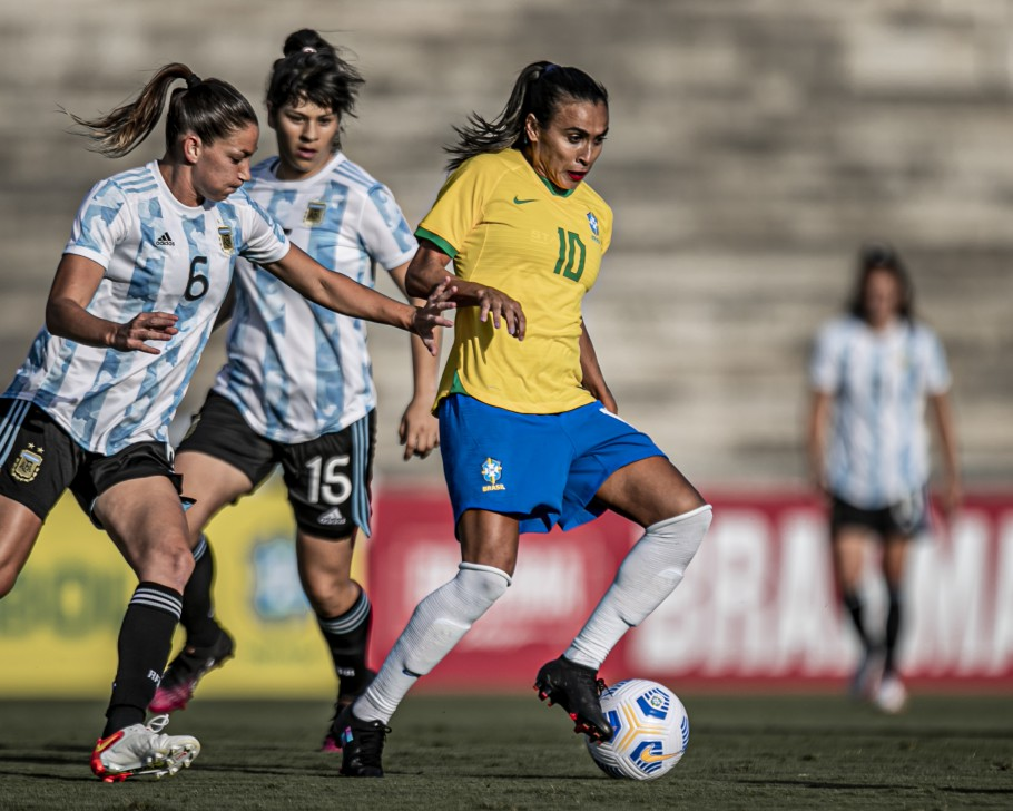 Seleção Brasileira Feminina enfrenta a Argentina em jogo preparatório no Estádio Amigão, em Campina Grande Créditos: Talita Gouvêa/CBF