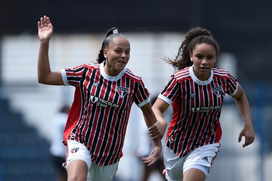 São Paulo bate o Corinthians e abre boa vantagem no Brasileirão Sub-18 Créditos: Mauro Horita/CBF