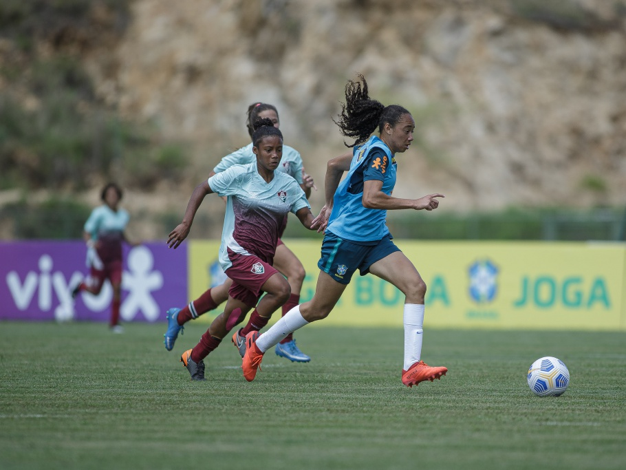 Seleção Feminina Sub-17 faz jogo-treino diante do Fluminense Sub-18 Créditos: Adriano Fontes/CBF